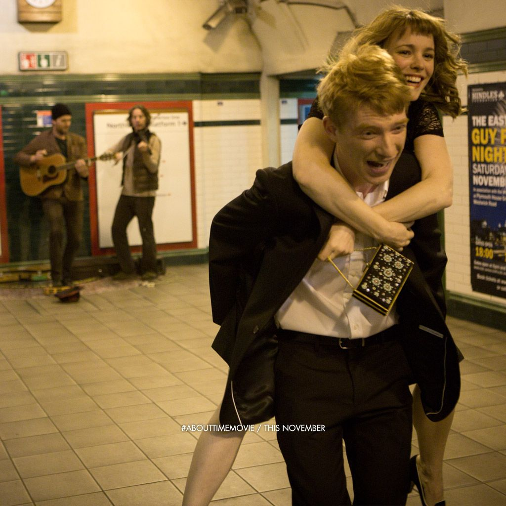 About Time- Such a lovely, uplifting film about appreciating life. buscar para v...